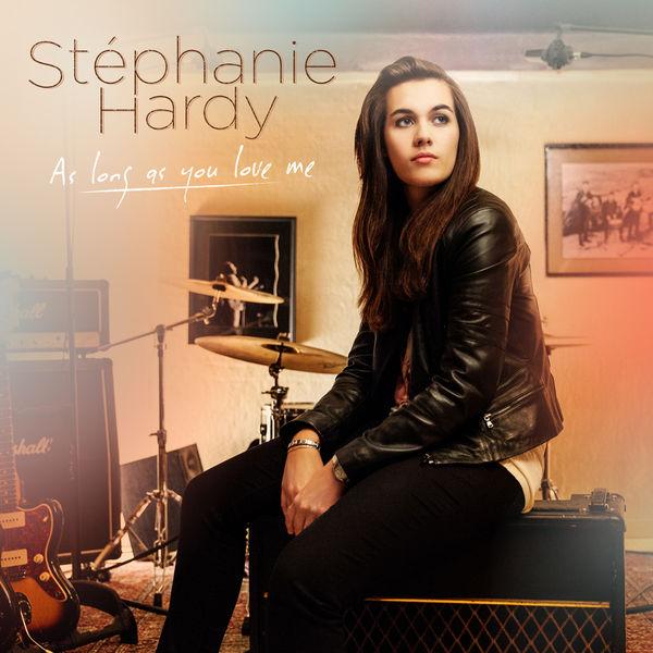 Stephanie Hardy Nude Photos 8