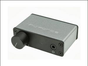 NuForce µDAC-3: it's very small, it's very cute, it makes music!
