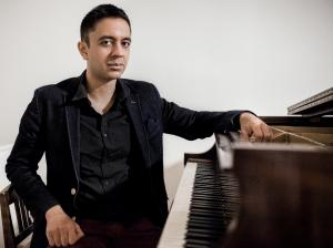Vijay Iyer, break en trio