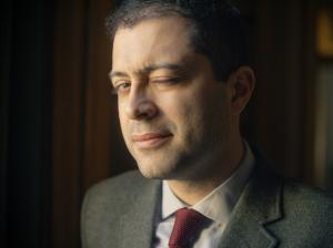 Mahan Esfahani : session et interview Qobuz