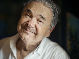 Pierre Perret : interview vidéo Qobuz