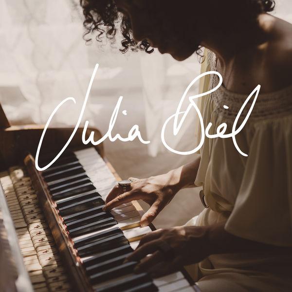 Julia Biel Julia Biel