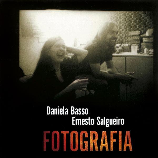 Daniela Basso & Ernesto Salgueiro feat. Santiago Vázquez - Fotografia