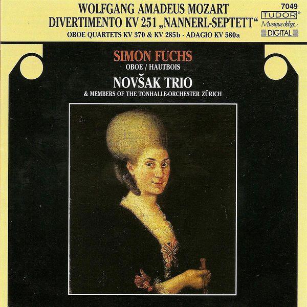 Simon Fuchs - MOZART, W.A.: Divertimento No. 11 / Oboe Quartet, K. 370 / Flute Quartet No. 3 / Adagio in C major (Fuchs, Novsak Trio)