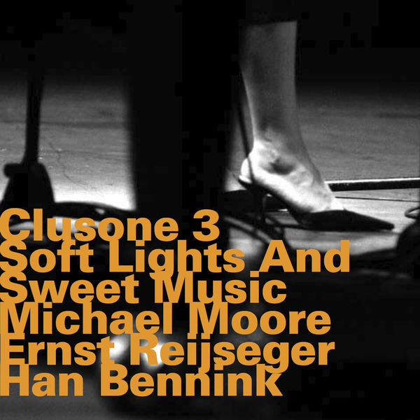Michael Moore - Soft Lights and Sweet Music (Irving Berlin Songbook)