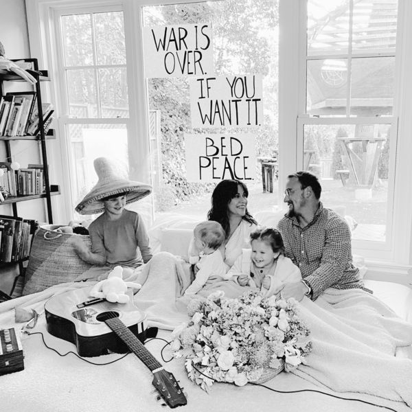 Alanis Morissette - Happy Xmas (War Is Over)