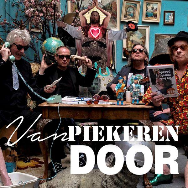 Van Piekeren - Door