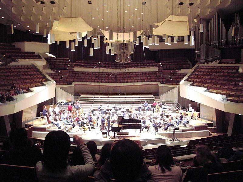 La Philharmonie De Berlin Rouvre Apres L Incendie