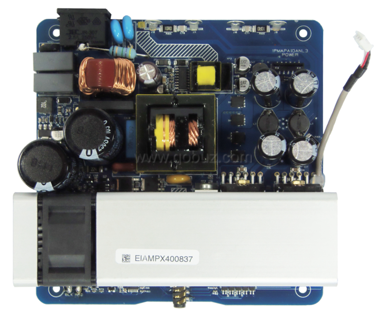 Micromega Myamp Qobuzism For This Compact And Charming Amplifier Lm3886 High Performance Audio Power You Can See A Switched Mode Supply Two Filtering Condensers Of 680f 200v Which Smooth The Rectified Voltage Before Cutting It